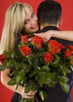 роскошный букет роз.