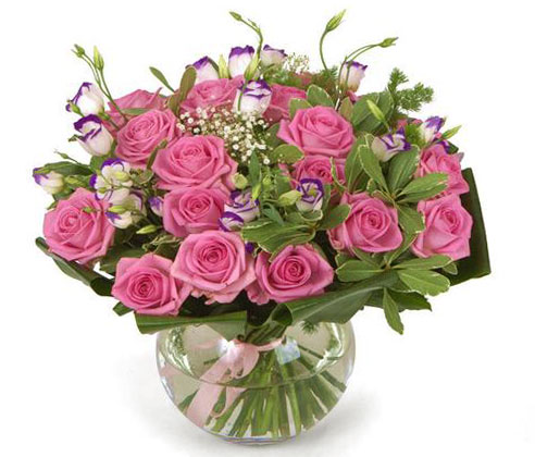 Как сохранить свежесть цветов в вазе?
